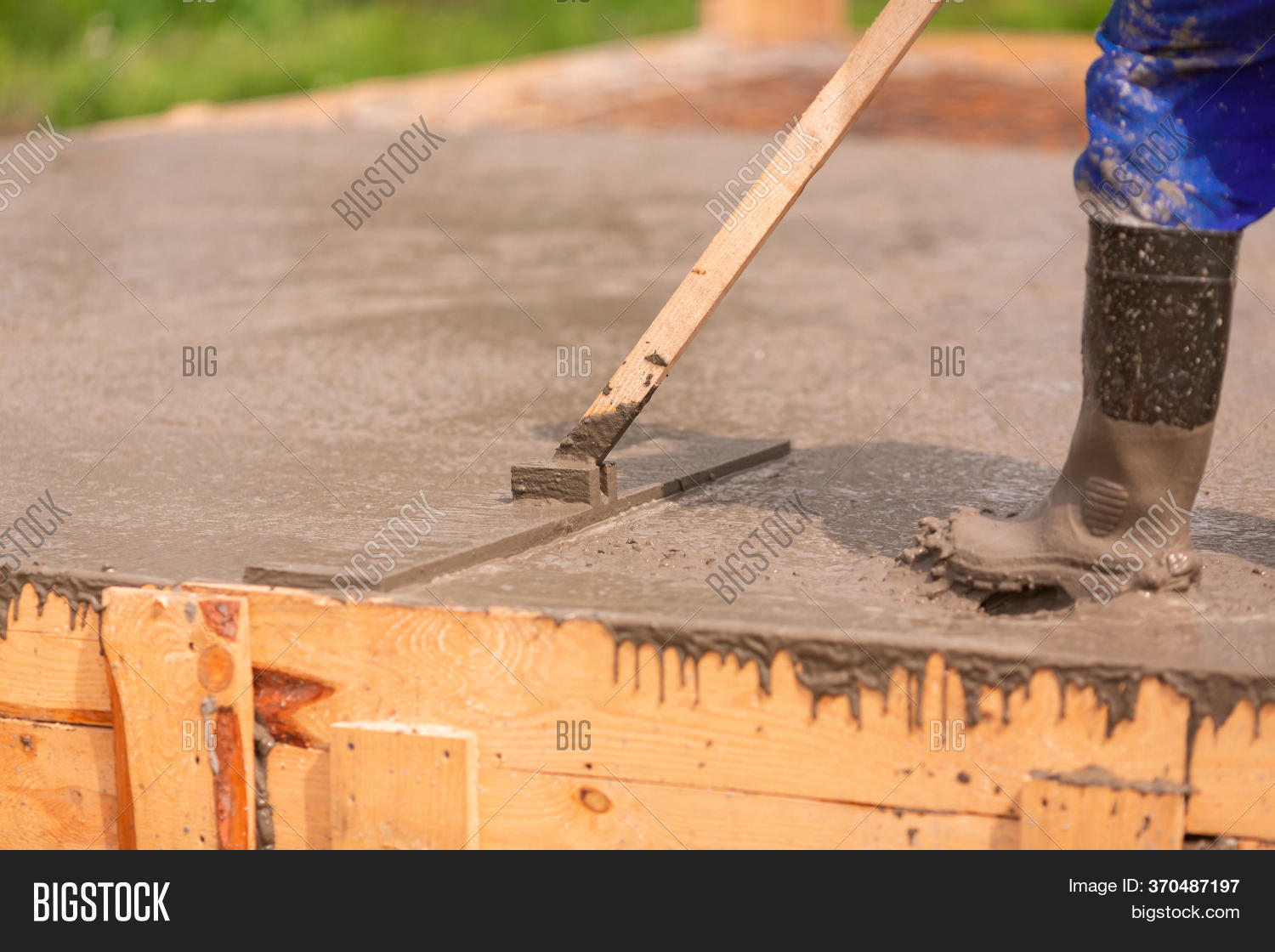 Leveling Cement Image Photo Free Trial Bigstock