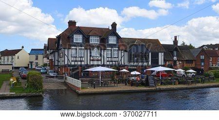 Horning, Norfolk, England - May 10, 2018:   The Swan Inn At Horning Norfolk England On The River Bur
