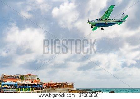 Philipsburg, Sint Maarten - November 16 2018: St Barth F-osbc Commuter Aircraft, A Cessna 208b Grand