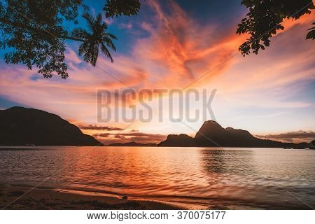 El Nido Bay And Cadlao Island At Sunset, Palawan, Philippines