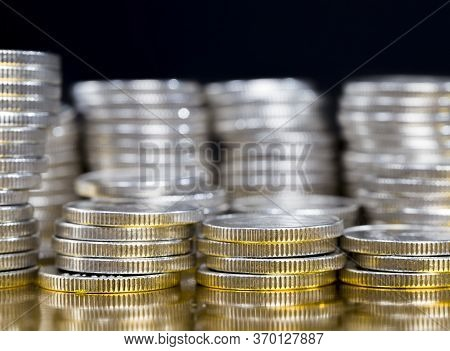 Reflection On The Gold Surface A Large Number Of Pile Of Beautiful Old Coins With Ribbed Side, Lie T