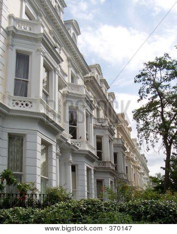 Crowded Homes Of Kensington, London