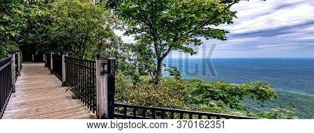 Caesars Head Mountain Bridge Wilderness Area In South Carolina