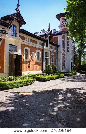 Lodz, Poland - 07 May 2015: Exterior In Herbst Palace Museum. The Mansion Was Built In 1876.