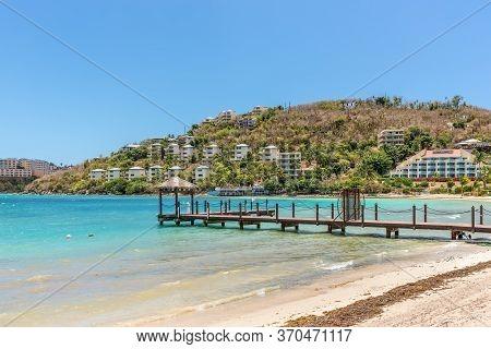 Smith Bay, St. Thomas, U.s. V. Islands (usvi) - April 30, 2019: Jetty At The Water Bay In St Thomas,
