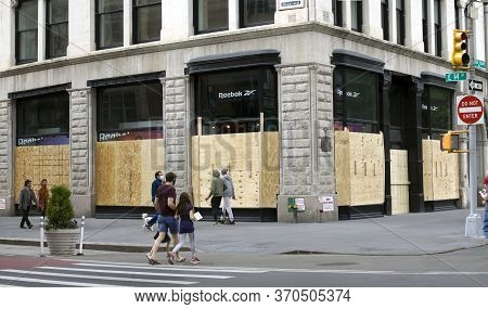 New York, New York/usa - June 2, 2020: Businesses Boarded Up To Prevent Looting During George Floyd