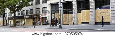 New York, New York/usa - June 2, 2020: Businesses Closed During George Floyd Protests In Lower Manha