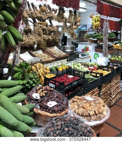 Funchal, Madeira,portugal-march 23,2018:fruit Market In Funchal Madeira Part Of The Tropical Yellow