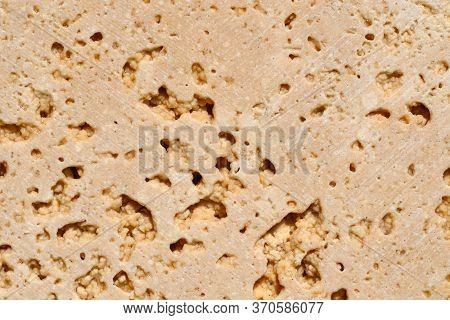 The Popular Travertine Variety Travertine Classic Is A Warm Beige Color With Pronounced Pores And Pa