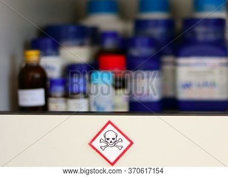 Chemical Hazard Sign Pictogram, Globally Harmonized System Of Classification And Labelling Of Chemic
