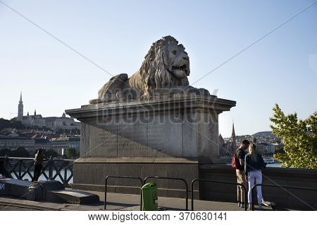 Budapest, Hungary - September 22 : Art Lion Statue Hungarians For Travelers People Visit And Take Ph