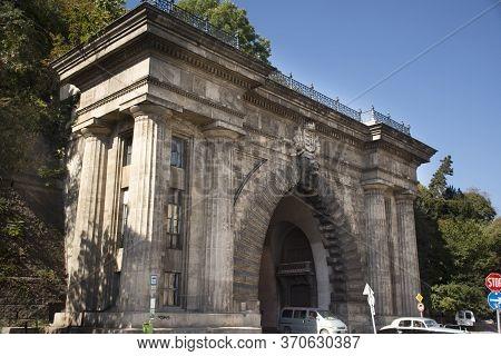 Budapest, Hungary - September 22 : Traffic Road At Gate Of Budai Varalagut Budapest Or Buda Castle T