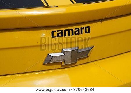 Bordeaux , Aquitaine / France - 06 01 2020 : Chevrolet Camaro Logo Sign On Rear Yellow Car