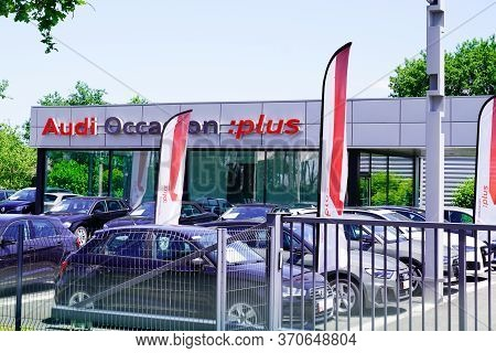 Bordeaux , Aquitaine / France - 05 05 2020 : Audi Occasion Plus Logo Of Car Sign Shop For Second-han