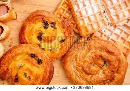 Breakfast Served In The Morning With Cereal Bread, Raisin Bread, Banana Bread, Sausage Bread, Chicke
