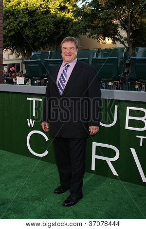 LOS ANGELES - SEP 19:  John Goodman arrives at the