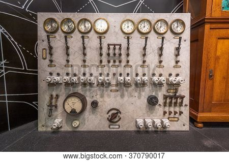 Budapest, Hungary - Feb 10, 2020: Array Of Old Gauges And Latches Relic In Exhibition In Parliament