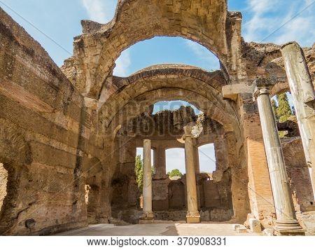 The Great Baths In Hadrian's Villa (italian: Villa Adriana). Tivoli, Italy