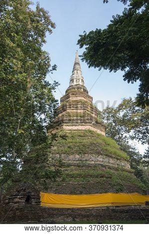 Thailand Chiang Saen Wat Phra That Chedi Luang