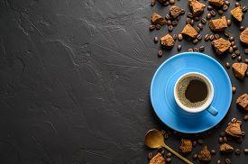 Trendy Healthy Coffee With Chaga Mushroom. Dry And Fresh Mushrooms And Coffee Beans On A Dark Backgr