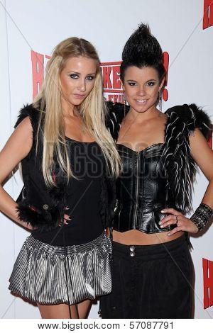 Alina and Manou at the