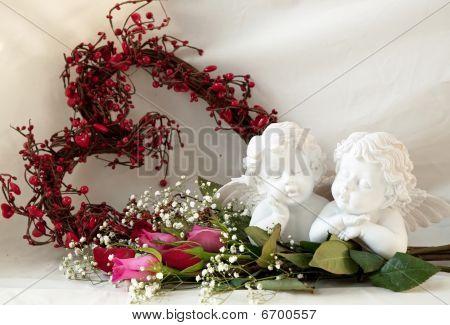 Cherubs Roses No Vase_edited1