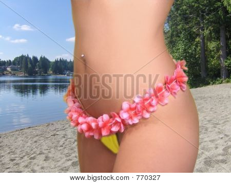 Hawaiin Belly At The lake