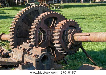 Giant Gears