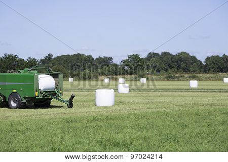Silage Wrapping Equipment