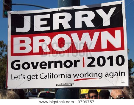 Jerry Brown For Governor Sign On A Light Post In San Francisco