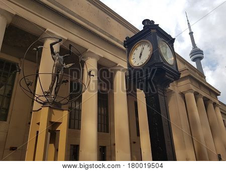 Toronto, Canada - February 25, 2017: Union Station, Vintage Clock And Cn Tower - Toronto, Ontario, C