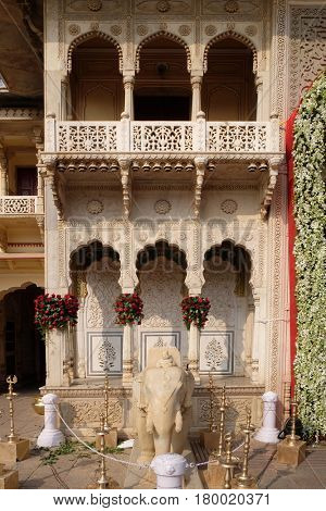 JAIPUR, INDIA - FEBRUARY 16, 2016: Elephant statue at the City Palace, a palace complex in Jaipur, Rajasthan, India. It was the seat of the Maharaja of Jaipur, the head of the Kachwaha Rajput clan