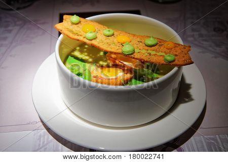 Vegetable Soup With Crisp