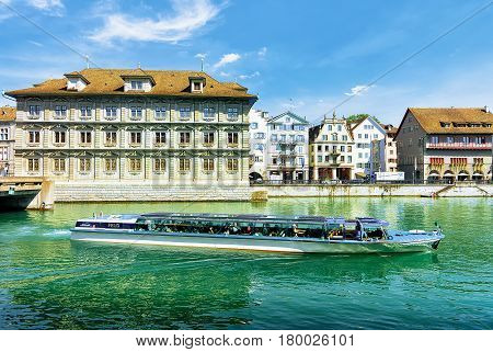 Excursion Boat At Old Town Hall In River Limmat Zurich