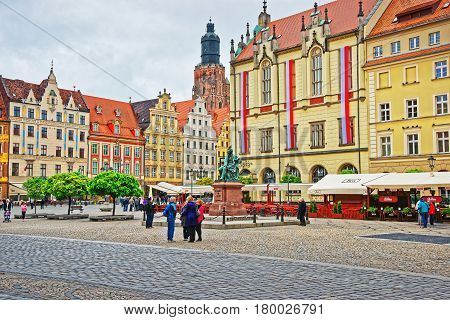 People At New Town Hall On Market Square In Wroclaw