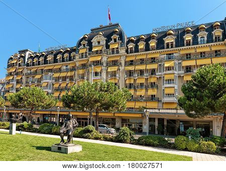 Garden And Luxury Hotel At Geneva Lake Riviera In Montreux