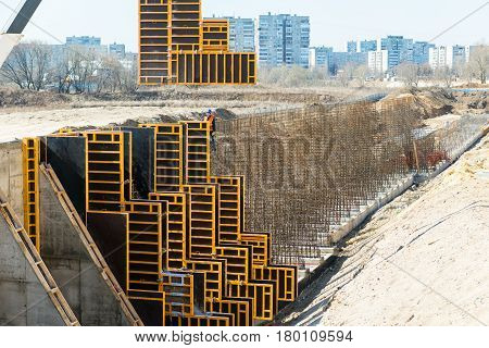 MOSCOW - APRIL 17: Construction site on april 17, 2014 in Moscow, Russia. Urban construction is at a faster pace in Russia.