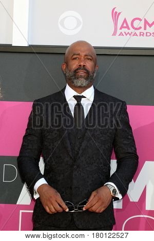 LAS VEGAS - APR 2:  Darius Rucker at the Academy of Country Music Awards 2017 at T-Mobile Arena on April 2, 2017 in Las Vegas, NV