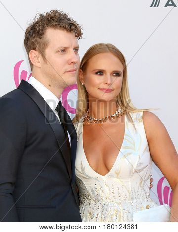 LAS VEGAS - APR 2:  Anderson East, Miranda Lambert at the Academy of Country Music Awards 2017 at T-Mobile Arena on April 2, 2017 in Las Vegas, NV