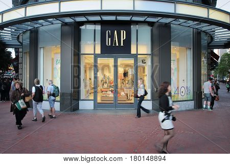 The Gap Shop