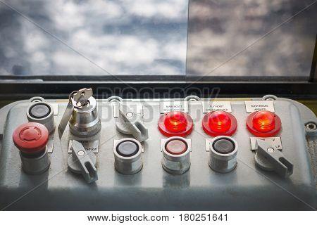 Control paneloffshore pedestal crane control panel for crane function