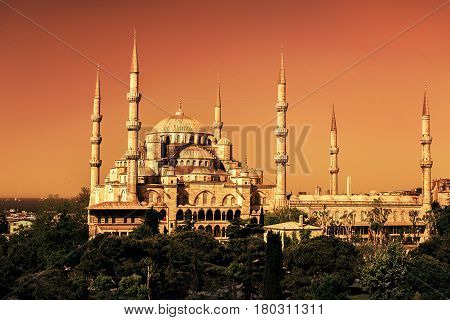 The Blue Mosque (Sultanahmet Camii) in Istanbul, Turkey