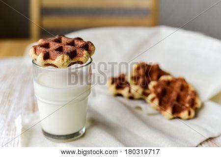 Liege Waffles With Milk