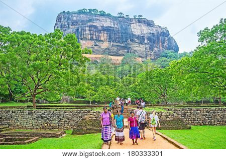 The Visiters Of Sigiriya