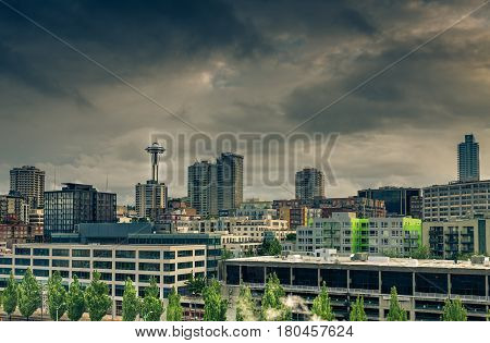 The skyline of Seattle on a cloudy day with the Space Needle