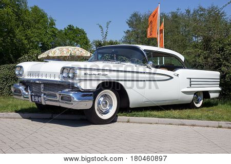 1958 Oldsmobile Eighty Eight Classic Car