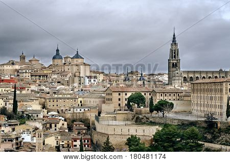 Toledo (Spanish: [toˈleðo]) is a city and municipality located in central Spain, it is the capital of the province of Toledo and the autonomous community of Castile-La Mancha. It was declared a World Heritage Site by UNESCO in 1986 for its extensive cultu