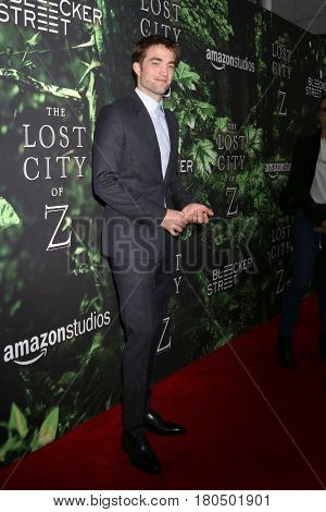 LOS ANGELES - APR 5:  Robert Pattinson at the