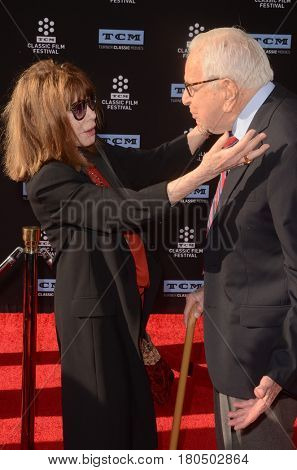 LOS ANGELES - APR 6:  Lee Grant, Walter Mirisch at the 2017 TCM Classic Film Festival Opening Night Red Carpet at the TCL Chinese Theater IMAX on April 6, 2017 in Los Angeles, CA