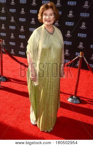 LOS ANGELES - APR 6:  Diane Baker at the 2017 TCM Classic Film Festival Opening Night Red Carpet at the TCL Chinese Theater IMAX on April 6, 2017 in Los Angeles, CA